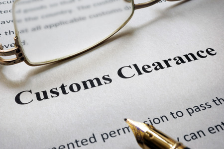 Page of paper with words Customs Clearance Banque d'images