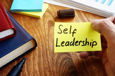 Self Leadership handwritten on piece of paper. Stok Fotoğraf