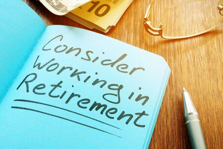Consider working in retirement sign with pen and glasses. Stock fotó