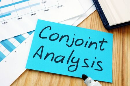 Conjoint Analysis sign and business charts. Imagens