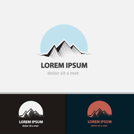 logotipo turismo: Turismo plantilla del icono del recorrido. Monta�as de formas creativas. Ilustraci�n del vector.