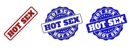 HOT SEX-Grunge-Stempelsiegel in roten und blauen Farben. Vektor-HOT SEX-Etiketten mit Entwurfsstil. Grafische Elemente sind abgerundete Rechtecke, Rosetten, Kreise und Beschriftungen.