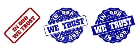 IN GOD WE TRUST scratched stamp seals in red and blue colors. Vector IN GOD WE TRUST marks with grunge surface. Graphic elements are rounded rectangles, rosettes, circles and text titles. Stock Illustratie