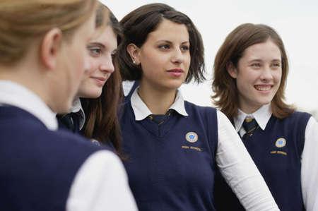 Groep studenten in uniform