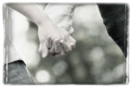 imaginor: Couple holding hands