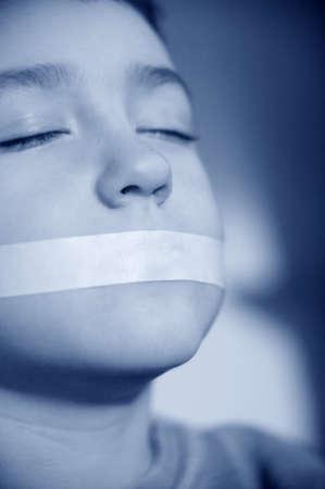 Kind tot zwijgen gebracht  Stockfoto