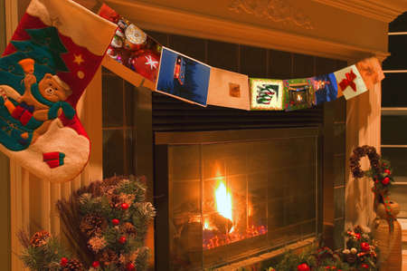 mantel: Camino di Natale tradizionale