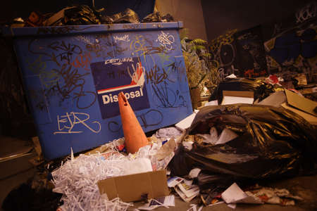 dross: Overflowing garbage dumpster Stock Photo
