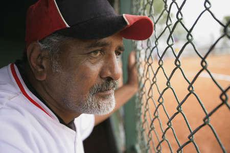 baseball dugout: Jugador de b�isbol en Cayuco