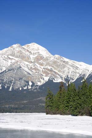 A winter mountain scene Stock Photo - 5675163