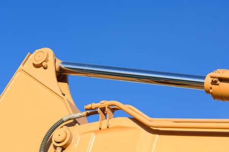 muz: Hydraulic machinery