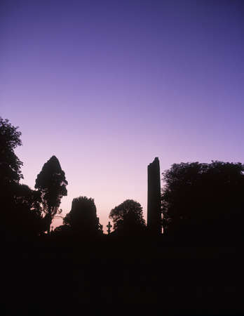 friaries: Round Tower, Monasterboice, Co Louth, Ireland Stock Photo
