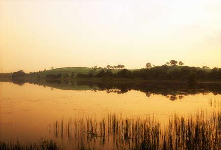 r image: Lough Muck, Condado de Tyrone, Irlanda  Foto de archivo