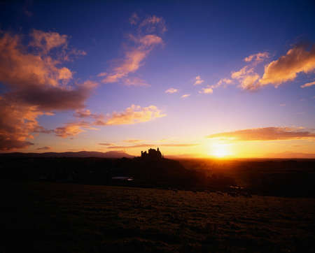 contae: Rock of Cashel at sunset, Co Tipperary, Ireland