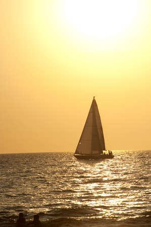 Puerto Vallarta, México; Sailboat  Foto de archivo - 7192904