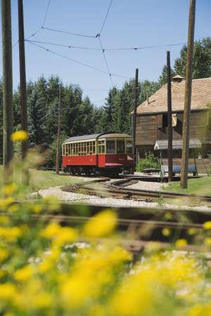 railborne vehicle: Old-fashioned streetcar