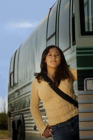 Vrouw op een bus