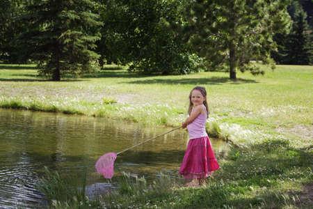 glubish: Girl with fishing net