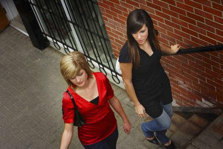 twentysomething: Amici di salire le scale