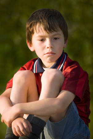 Traurig boy  Standard-Bild - 7206852