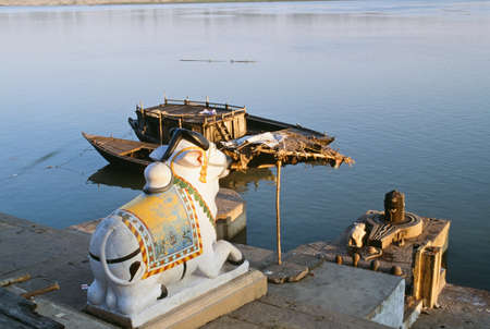 river banks: Hindu shrine of Nandi along the banks of the Ganges river, Varanasi, India
