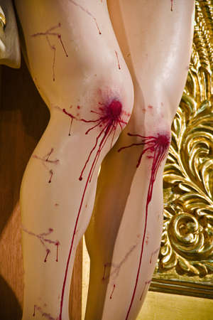 tortured body: Bloody knees