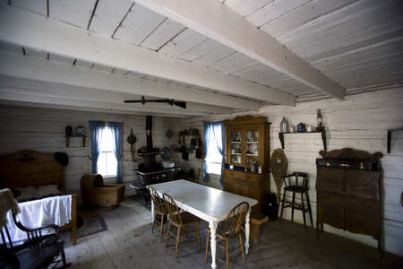 old furniture: Interior of old fashioned cabin, Fort Edmonton, Alberta, Canada