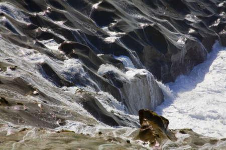 craig tuttle: Waves crashing,Cape Kiwanda,Oregon,USA