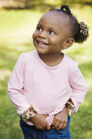African American Girl Outdoors  Foto de archivo - 7206999