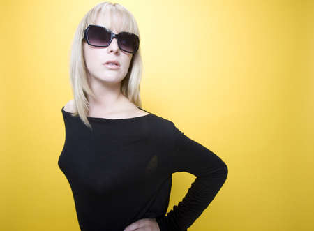 poise: Woman with sunglasses