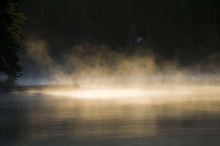 森の湖、オンタリオ州、カナダ