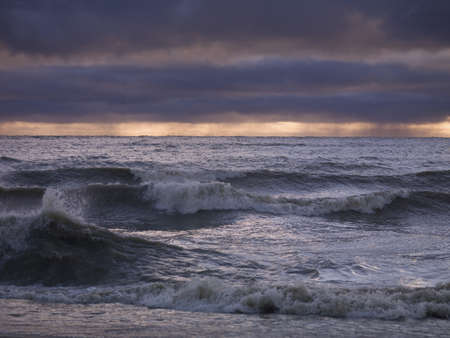 lakeshores: Stormy waves on Lake Winnipeg, Gimli, Manitoba, Canada LANG_EVOIMAGES