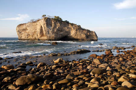 rock formation: Rocky seashore, Puerto Vallarta, Mexico LANG_EVOIMAGES