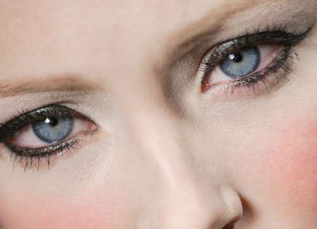 Close up of womans eyes Imagens