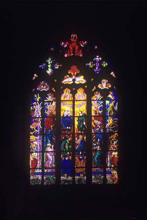 Stained glass window in St. Vitus´ Cathedral, Prague Castle, Prague, Czech Republic 免版税图像
