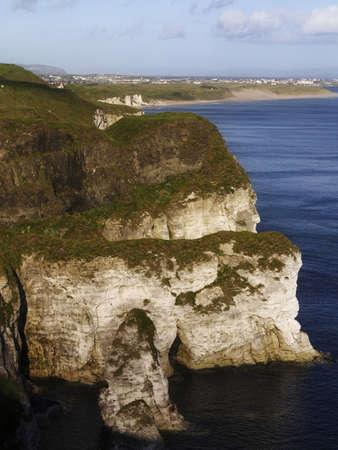 Witte rotsen, Portrush, Co. Antrim, Ierland Stockfoto