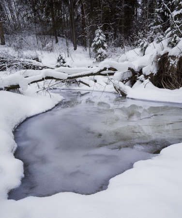 Snowy creek LANG_EVOIMAGES