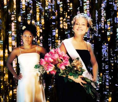 prom queen: Prom queen and jealous runner up LANG_EVOIMAGES