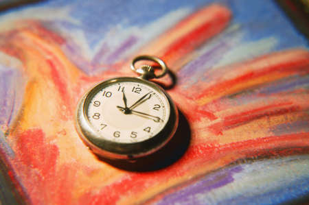 imaginor: Holding onto time