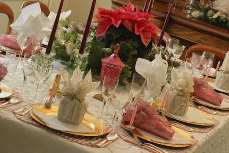 Christmas dinner table photo