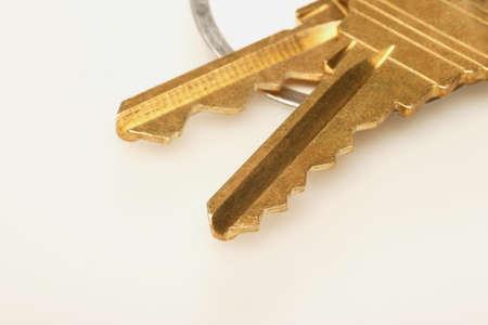 serrate: Two keys