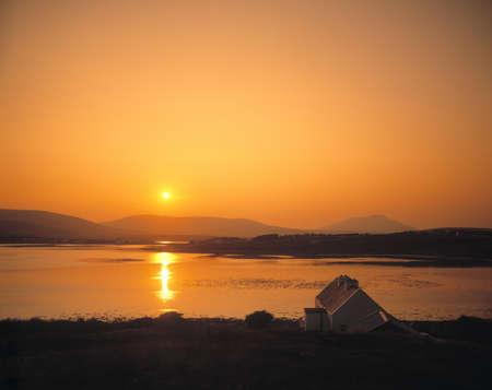 Traditional Cottage, Achill Sound and Island, Co Mayo, Ireland Stock Photo - 8242551