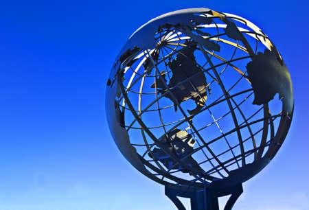 knorr: Terrestrial sphere on blue background