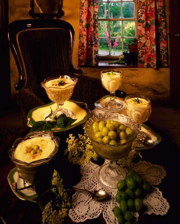 Rhubarb Fool, Gooseberry Fool, Gooseberry & Lemon Syllabub Фото со стока - 8242287