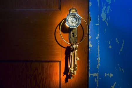 slot met sleuteltje: Antieke glas Deurknopje met toetsen