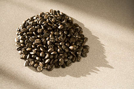 heap: Coffee beans in a pile