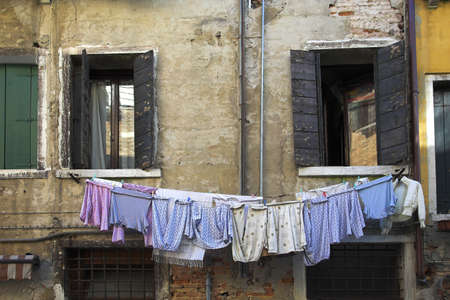 chris upton: Clothing drying on the line, Venice, Italy Stock Photo