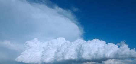 White Storm Clouds 版權商用圖片