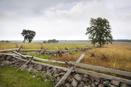 osiągnął: Patrząc na południowy-zachód w kąt na polu bitwy Gettysburg. Widok jest z obrony Unii. Jest to opłata najdalej Pickett osiągnął zanim załamał się i został odparty. Zdjęcie Seryjne