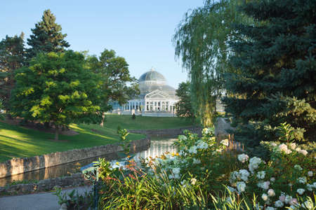 The Como Park Conservatoryand pond in Saint Paul, Minnesota, on a bright summer morning Stock Photo